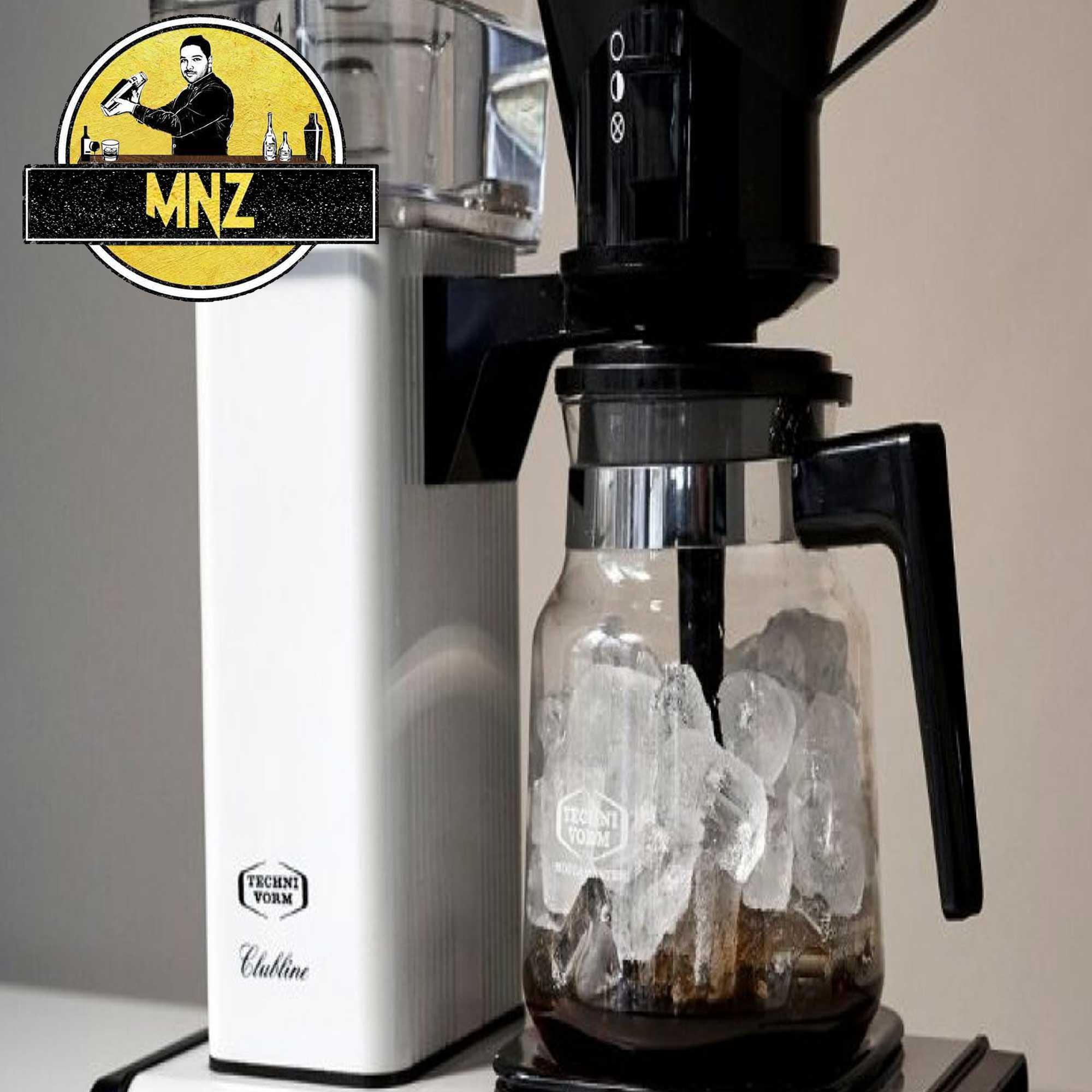 قهوه دمکنید برای تهیه ی آیس کافی